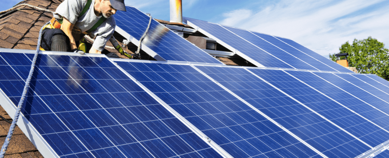 Maintening your solar installations: the solar panels